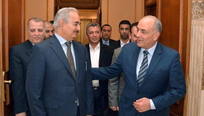 المشير حفتر يبحث مع رئيس الأركان المصري ووزير الدفاع مساعي تحرير ليبيا من الإرهاب والميليشيات.
